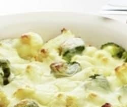 Healthy cauliflower and broccoli cheese